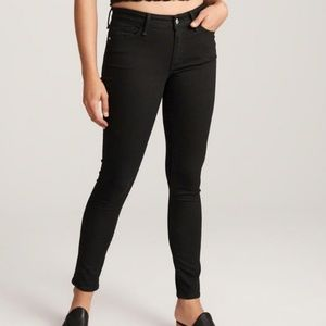 NWT Abercrombie & Fit Skinny Jeans